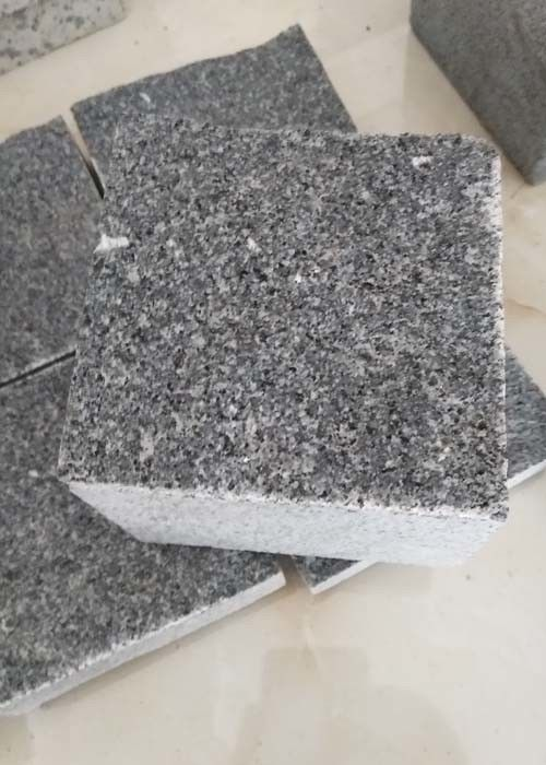 Natural / Flamed Dark Grey Paving Slabs , G654 Granite Garden Slabs 14 X 14 X 10cm